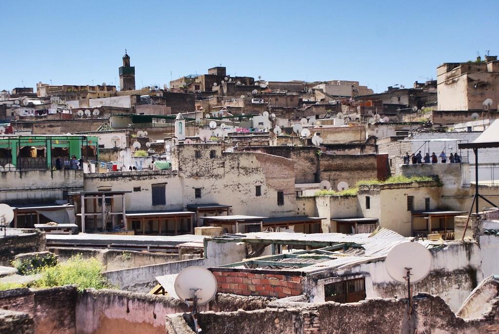 Vue sur les toits du quartier de la Médina de Fès.