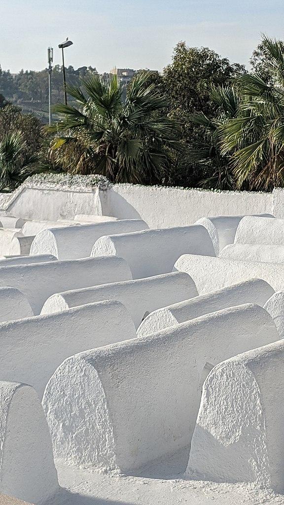 Cimetière juif dans le Mellah de Fès - Photo de Bobistraveling