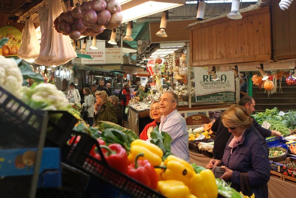 Marché Mercato orientale : L'agréable ventre de Gênes [San Vincenzo]