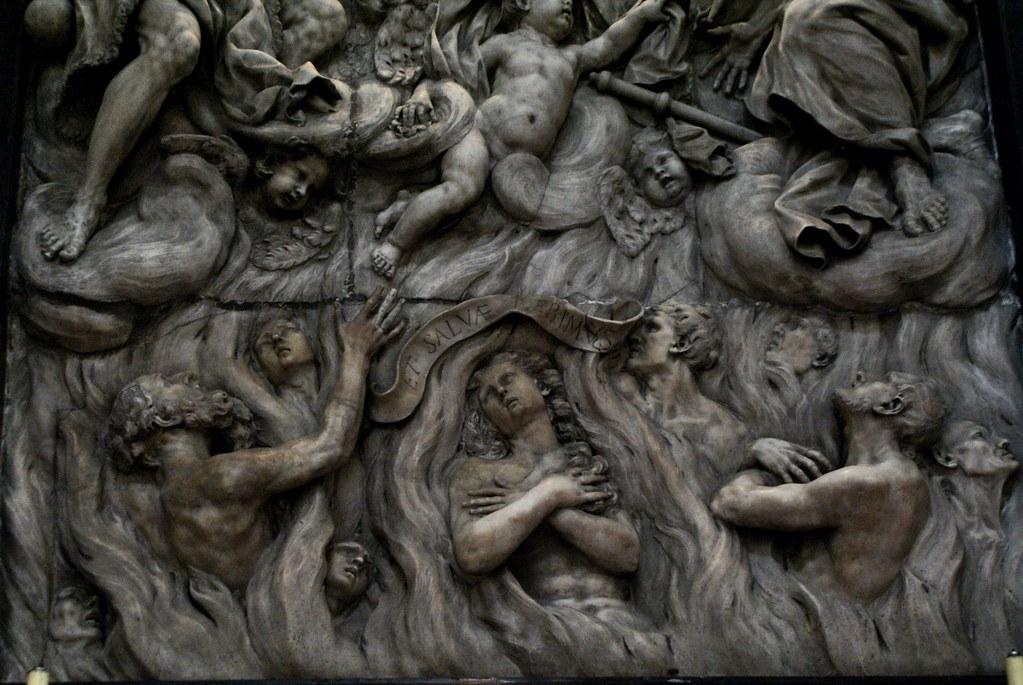 Sculpture dans l'église Santa Maria delle Vigne à Gênes.