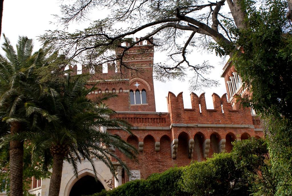 Chateau Casa Albertis dans le quartier de Pré à Gênes.