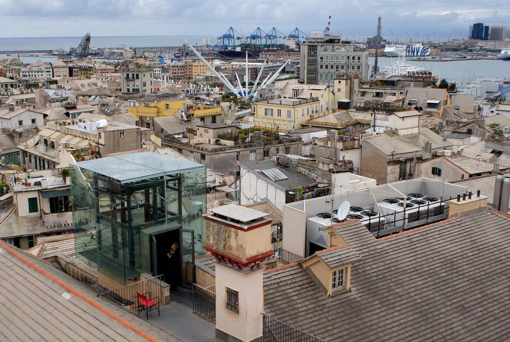 Sur le toit du Palazzo Bianco à Gênes pour l'une des plus belles vues de la ville.
