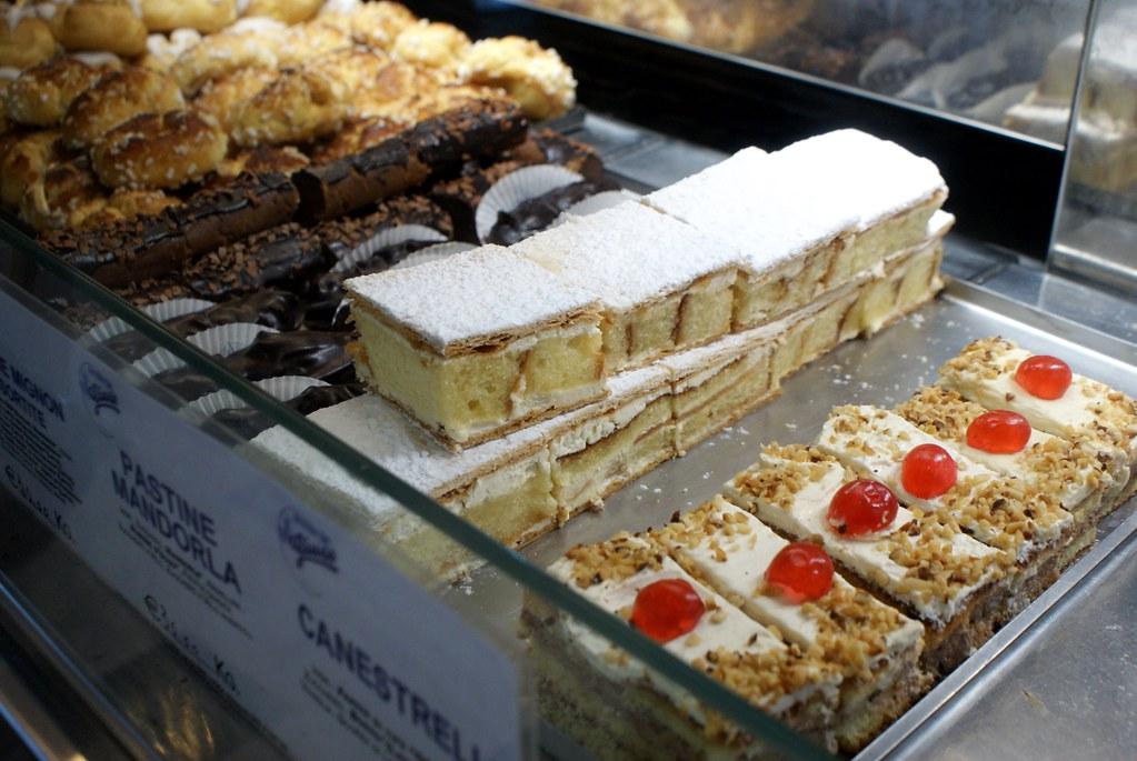 Café-Patisserie Giuse Genova dans le vieux Gênes.
