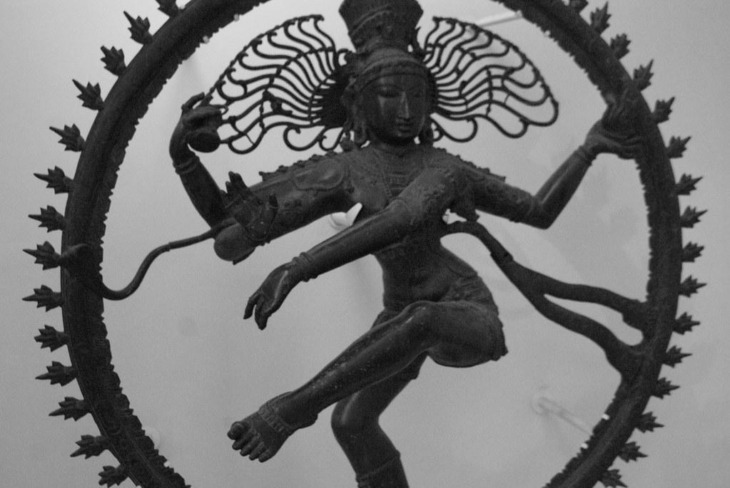 Hindouisme : Statue de Shiva dans le musée des religions à Glasgow.