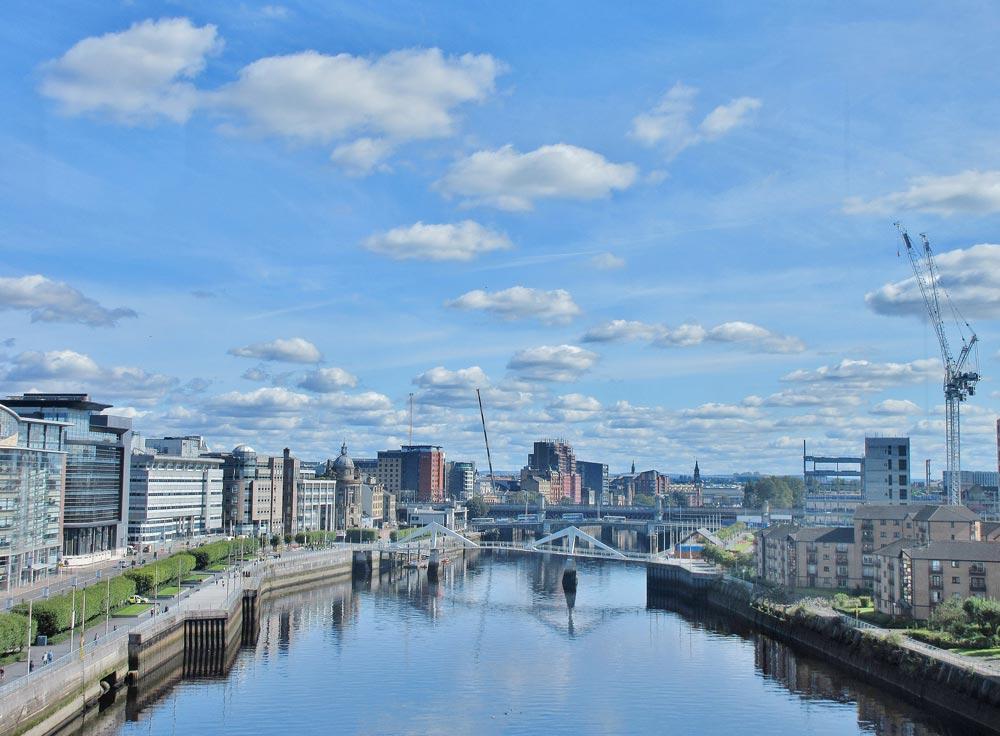 Vue panoramique sur Glasgow et ses quartiers le long du fleuve Clyde - Photo d'Adam Marikar