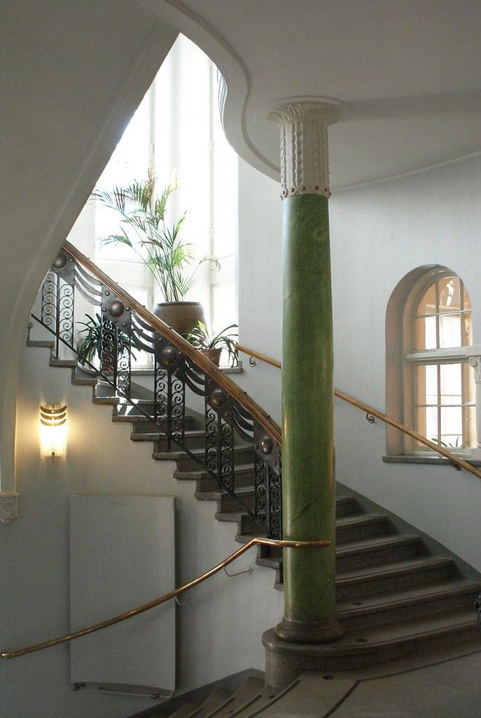 Dans la bibliotheque de Kallio à Helsinki.