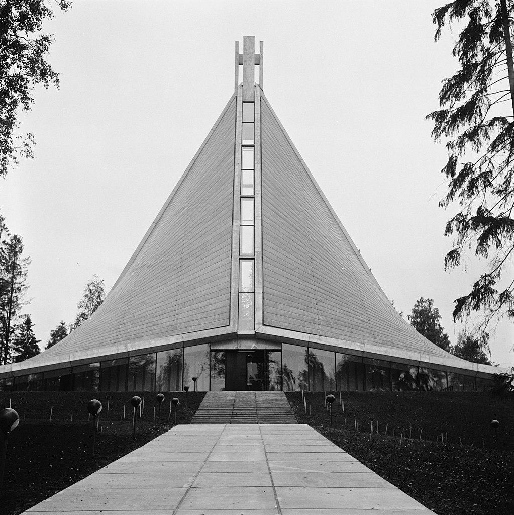 Eglise Kannelmäki à Helsinki - Photo de Volker von Bonin