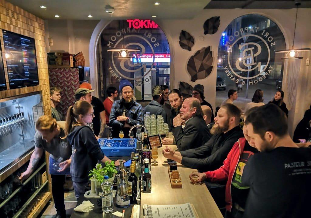 Bar à bière et microbrasserie Sori Taproom à Helsinki.