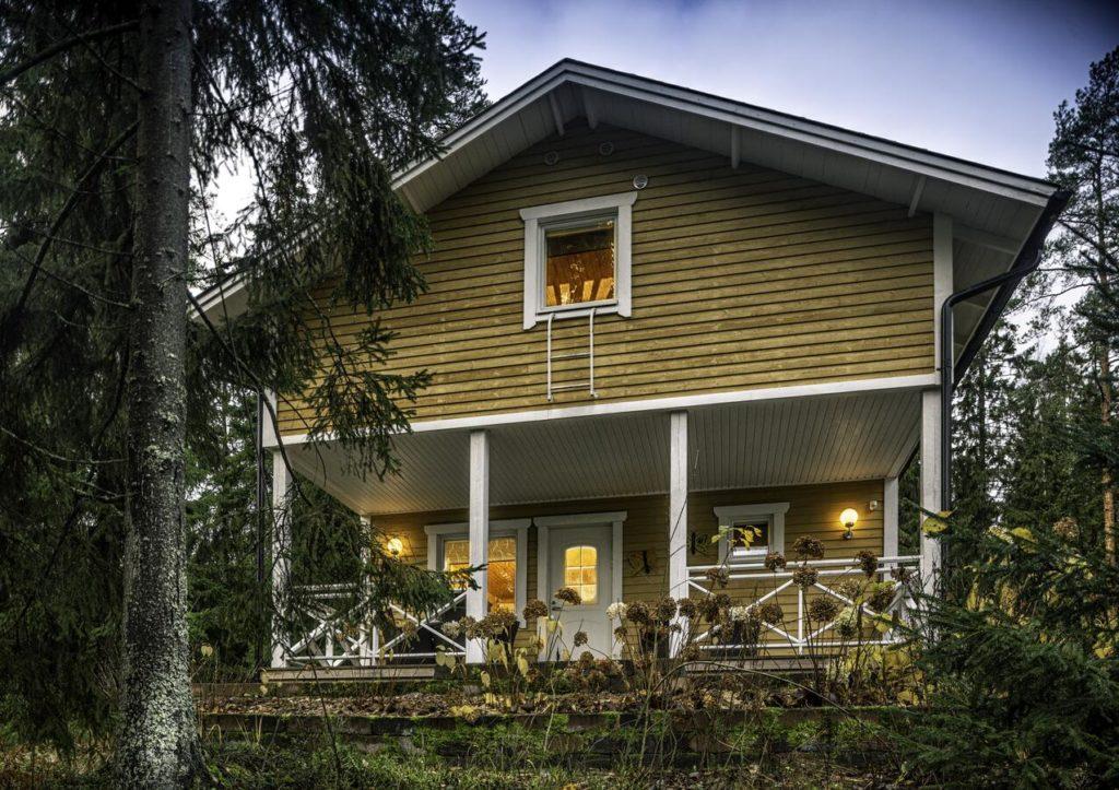Hébergement Insolite près d'Helsinki dans un chalet en bois.