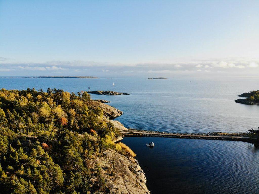 Hébergement insolite près d'Helsinki avec cet igloo flottant !