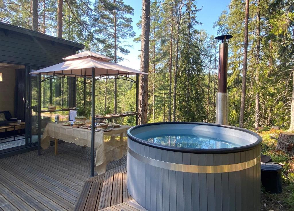 Helsinki insolite : 7 hébergements insolites et atypiques en igloo, bateau, chalet…