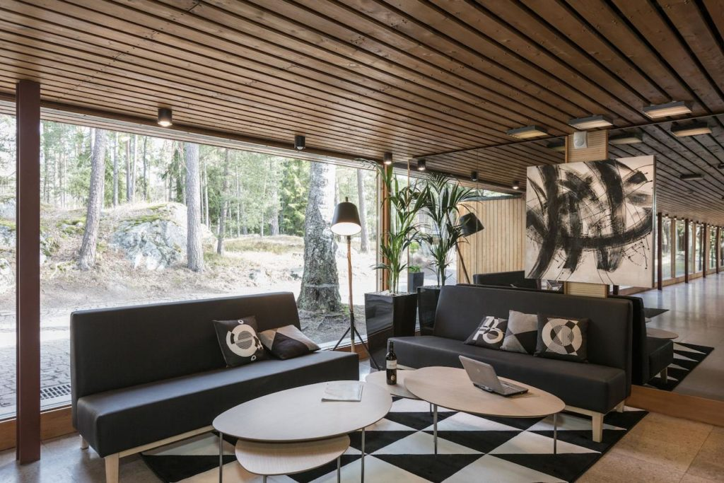 Hotel Rantapuisto, hôtel de luxe moderne au vert à Helsinki.