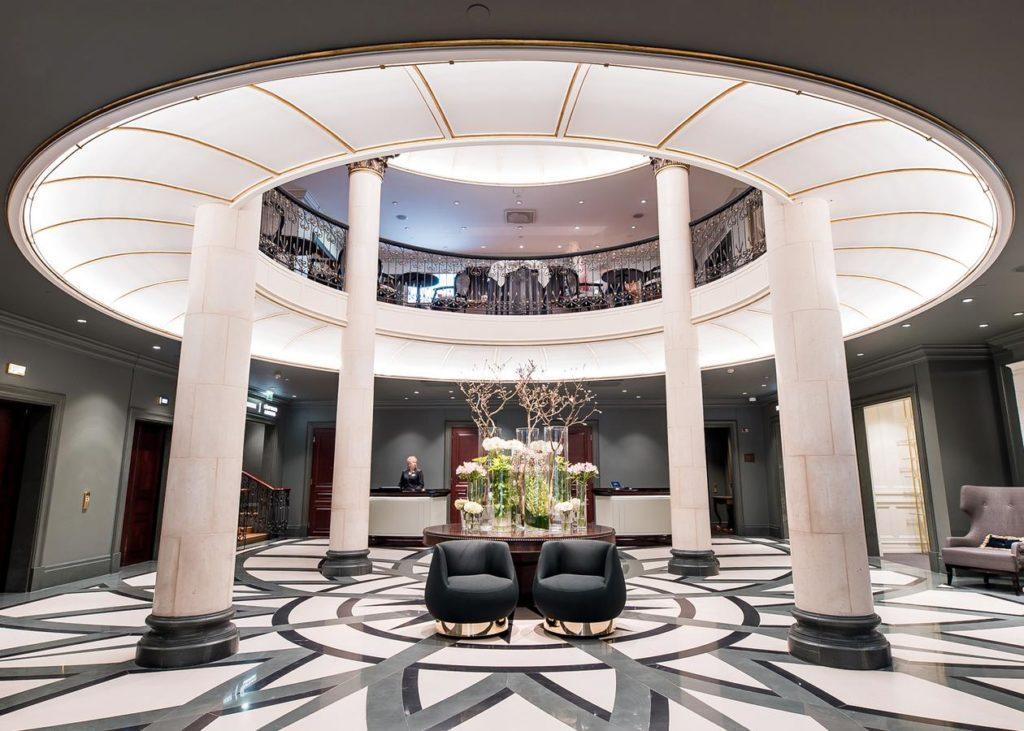 Kamp, très bel hotel de luxe classique à Helsinki.