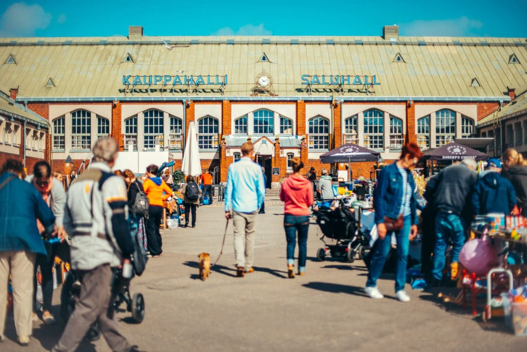 Halle-marché d'Helsinki : Hietalahden kauppahalli.
