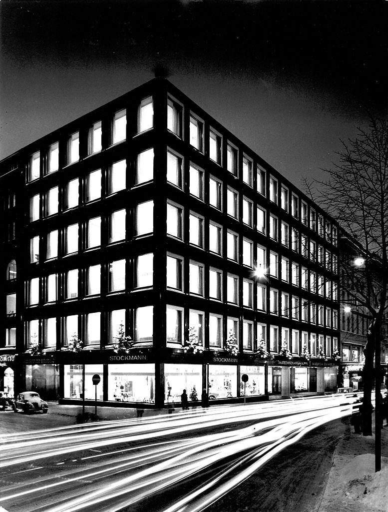 Academic Bookstore, construction par Aalto à Helsinki.