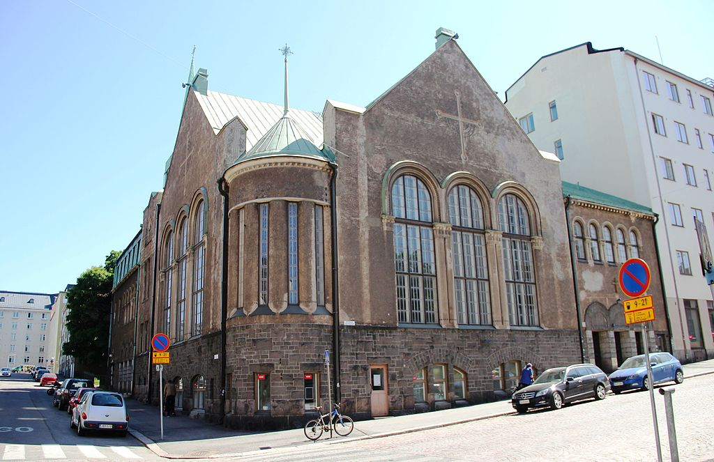 Architecture sacrée à Helsinki : Pyhän sydämen kappeli - Photo de Abc10