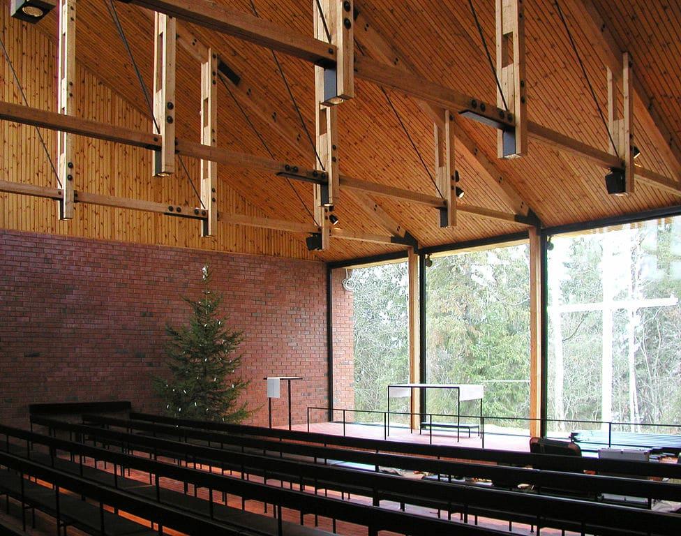 Architecture sacrée à Helsinki : Chapelle Otaniemi - Photo de Jisis