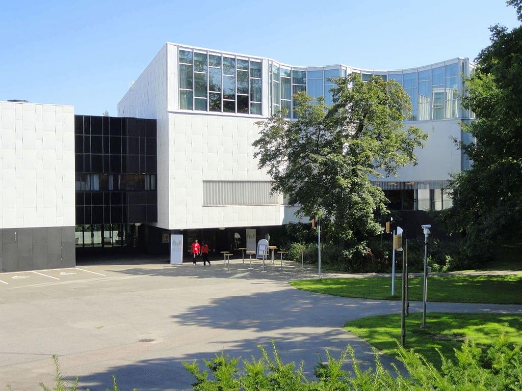 Finlandia Hall, construction d'Aalto à Helsinki - Photo de Daderot