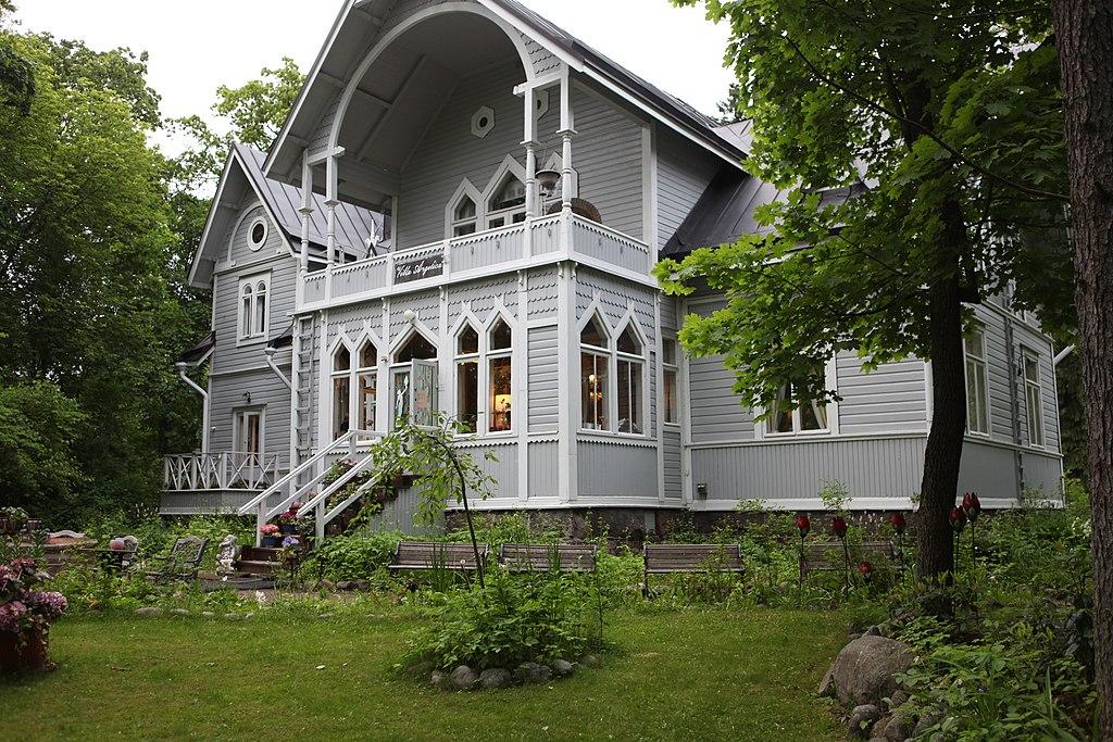 Seurasaari, parc et musée ethnographique en plein air (Skansen) d'Helsinki - Photo de Ninara.