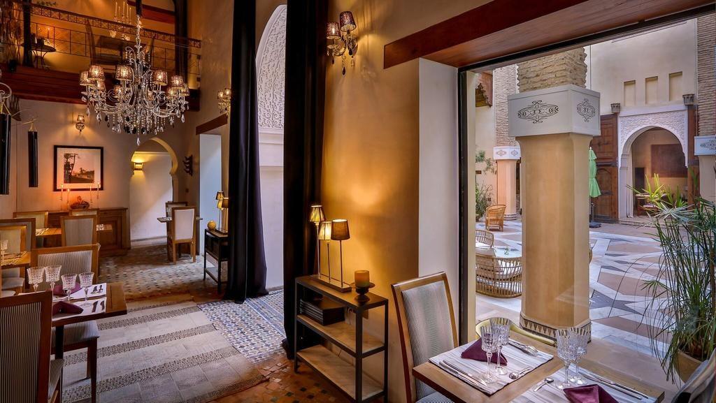 Karawan Riad à Fès : Espace restaurant de l'hôtel de charme