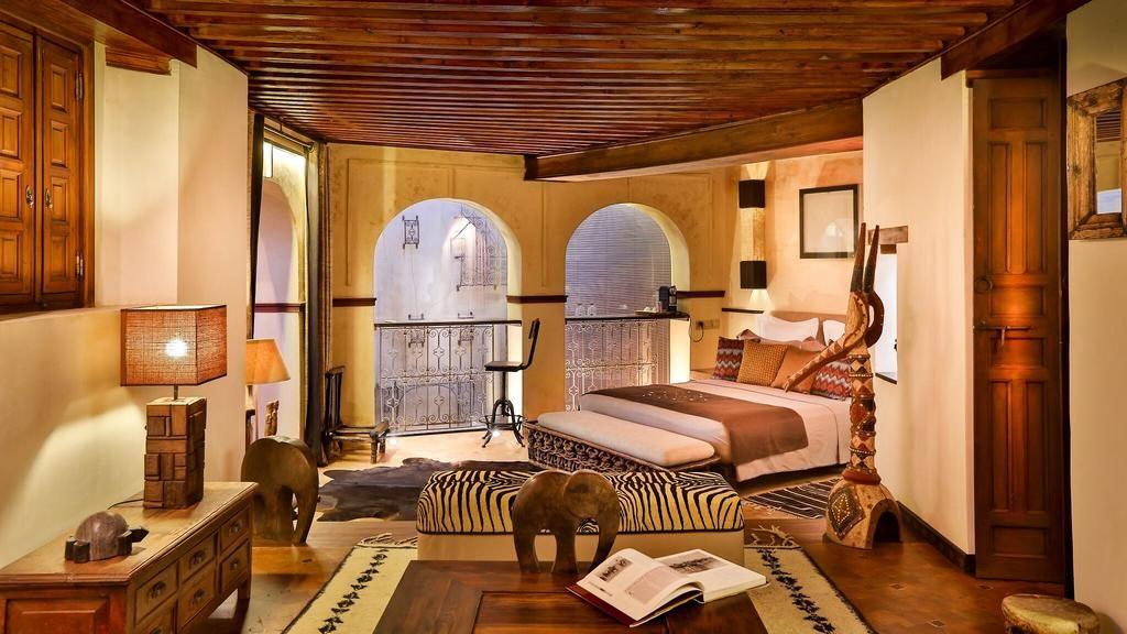 Karawan Riad à Fès : Chambres spacieuse et élégante de l'hôtel de charme