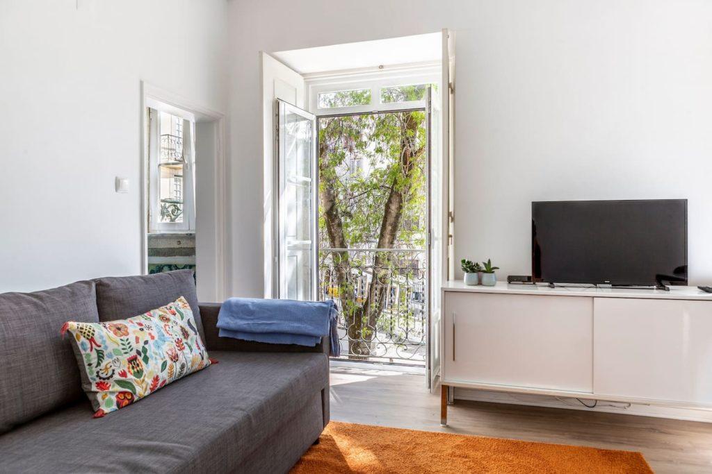 Airbnb à Lisbonne : Location courte durée sobre et sympa !
