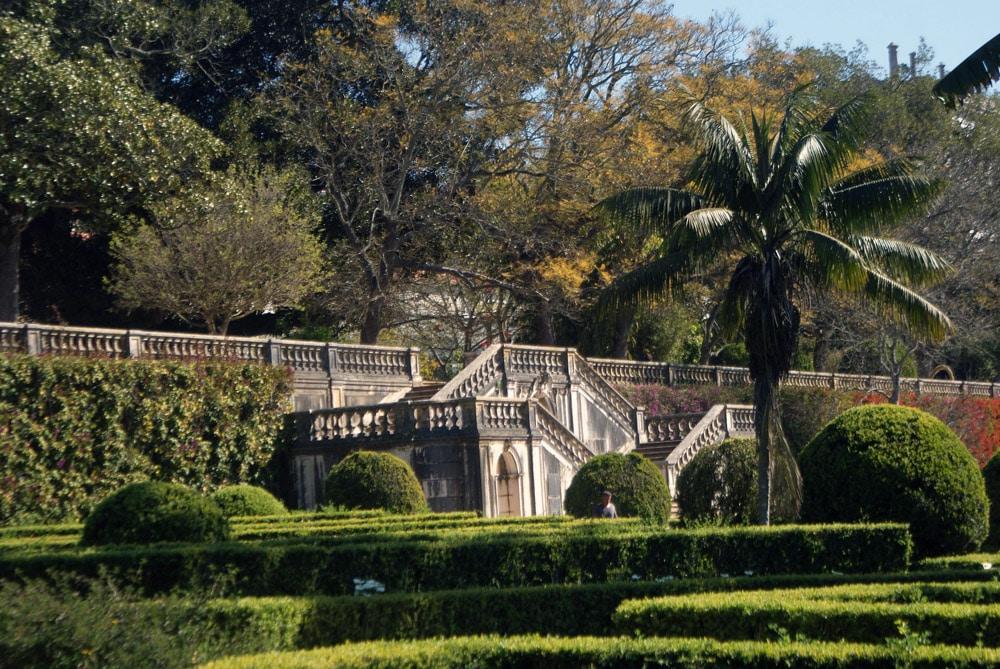 Escalier baroque monumental du Jardin botanique d'Ajuda à Lisbonne