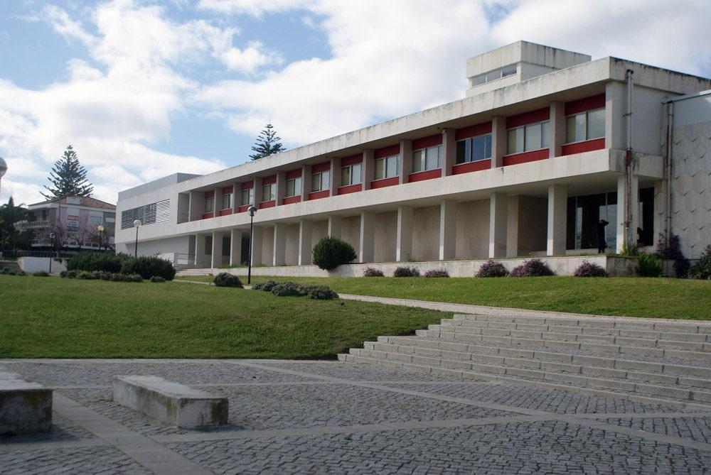 Bâtiment du Musée d'ethnologie à Lisbonne.