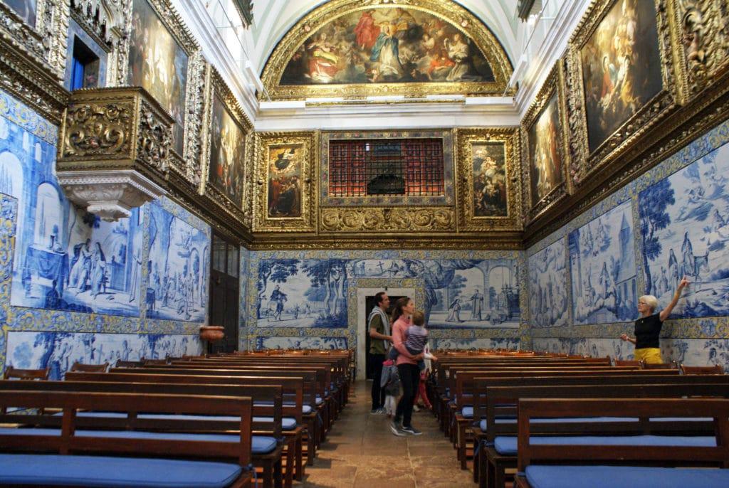 Passionnante visite guidée du couvent de Cardaes à Lisbonne.