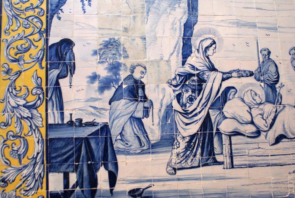 Une partie de l'histoire de la fondatrice du couvent en tuile (azulejo) dans le Couvent de Cardaes à Lisbonne.