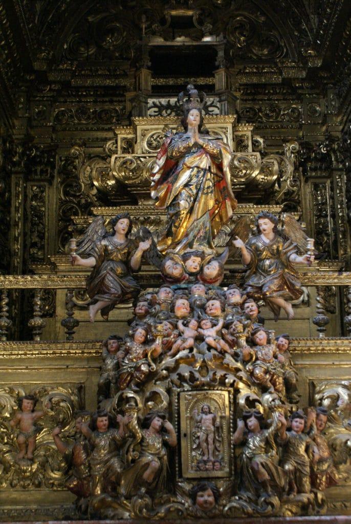 Autel baroque de l'église du Couvent de Cardaes à Lisbonne.