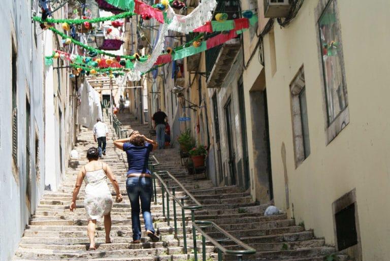 Visiter Lisbonne, Ici en route pour le quartier de Bairro Alto