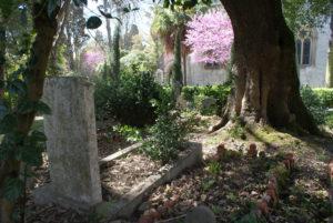 Cimetière anglais de Lisbonne : Romantique et luxuriant [Estrela]