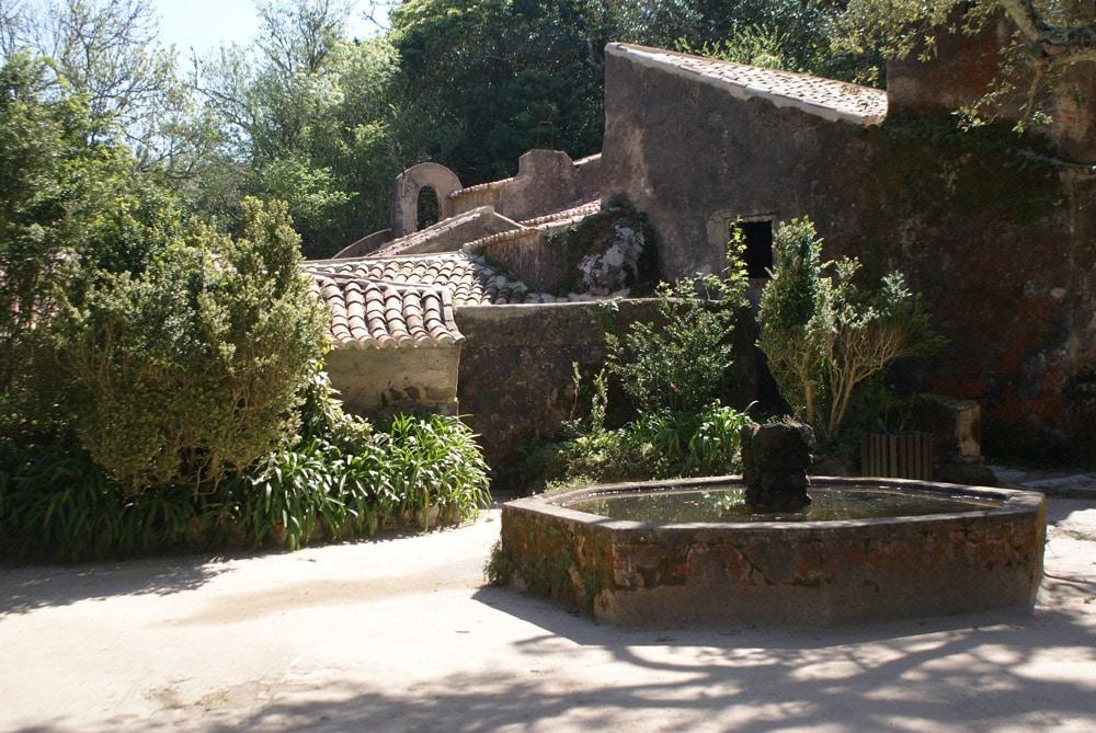 Cour du Couvent des Capucins à Sintra