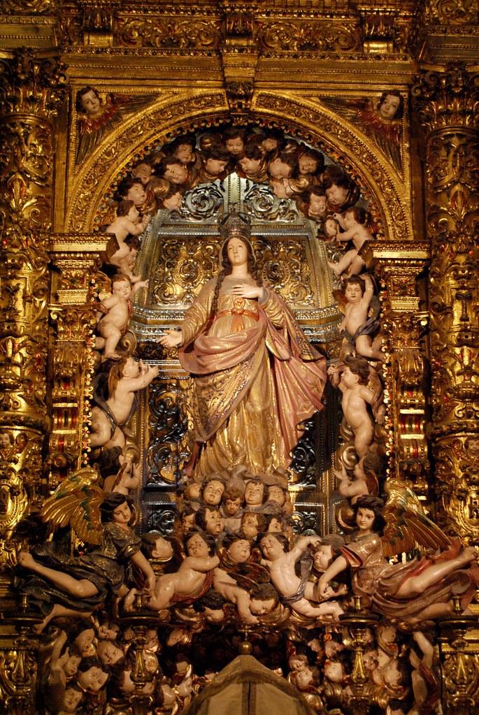 Dans l'église Saint Roch du quartier de Bairro Alto à Lisbonne.
