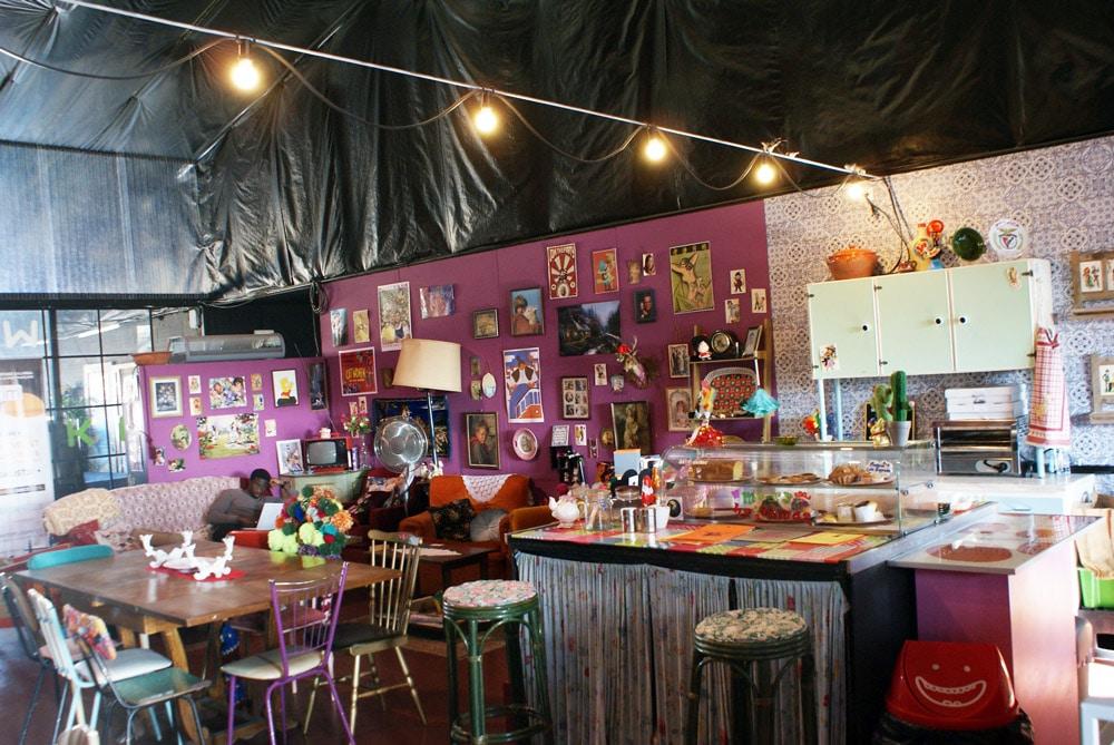 Café caché à la LX Factory à Lisbonne.