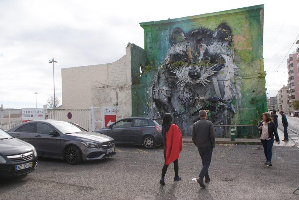 Street art à Lisbonne de Bordello II dans le quartier de Belem