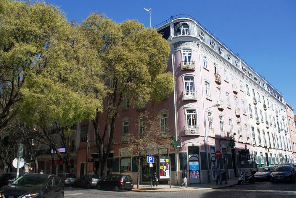 """Batiment de style """"art nouveau"""" dans le quartier d'Ourique à Lisbonne."""