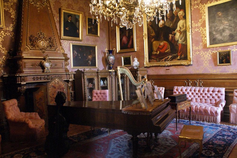 Pièce dédiée aux loisirs musicaux du Palais national d'Ajuda à Lisbonne.
