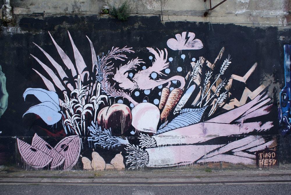 Street art et hangars désaffectés de la rive sud de Lisbonne.