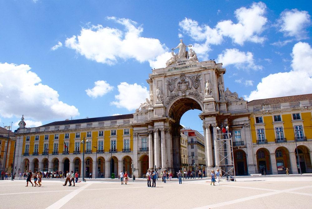 Visites guidées de Lisbonne : Classique, street art ou insolite !