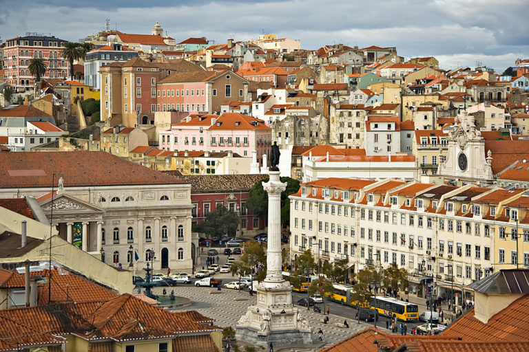 Place de Rossio dans le quartier de Baixa dans le centre de Lisbonne - Photo de Luca Galuzzi * http://www.galuzzi.it