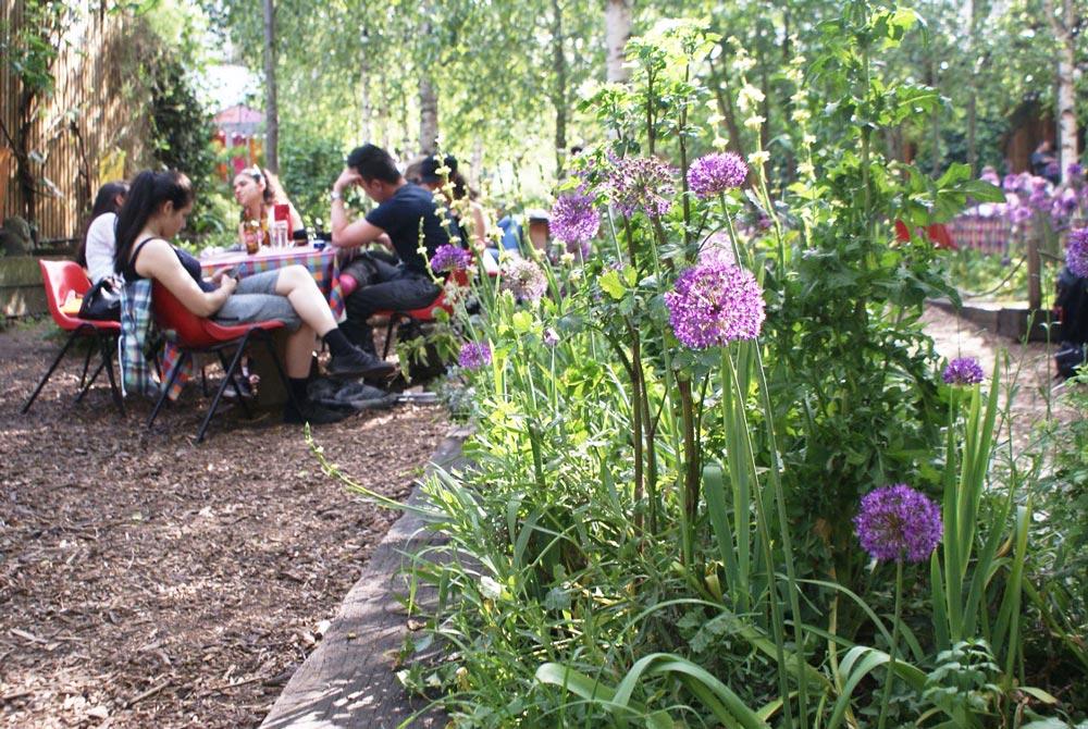Dalston Eastern Curve Garden, génial jardin du quartier de Dalston à Londres.