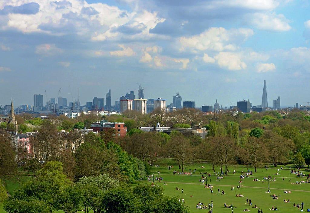 Vue panoramique sur Londres depuis Primrose Hill en 2013. Photo de Duncan