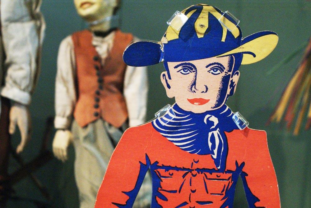 Dans le musée V&A des jouets et de l'enfance dans le quartier de Bethnal Green à Londres.
