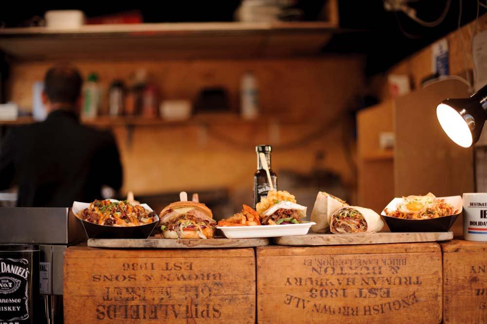 Fast food dans le Camden market à Camden Town - Photo de Paula Vermeulen