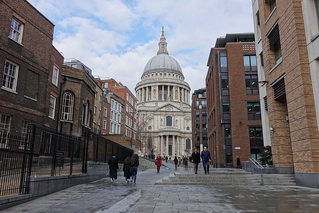 Cathedrale Saint Paul de Londres dans la City - Photo de CrisNYCa