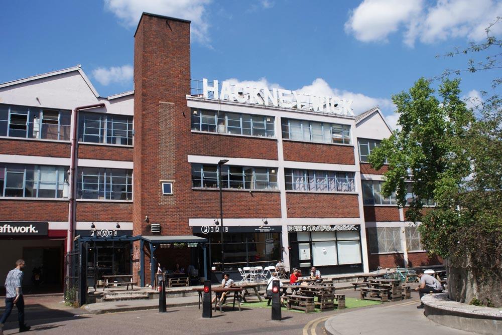 Oslo House dans le quartier d'Hackney Wick à Londres : Cafés, disquaires et studios divers.