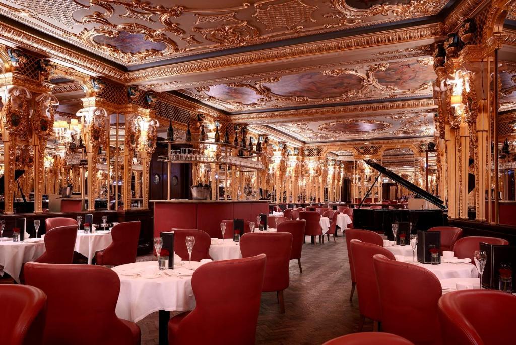 Cafe Royal, hotel dans le centre de Londres.