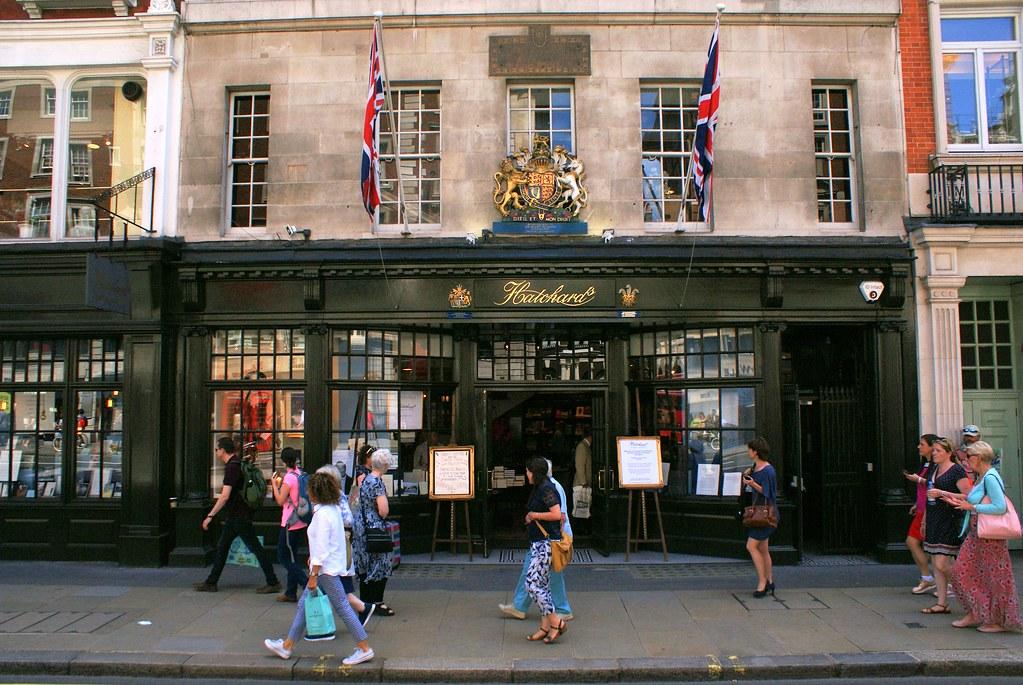 Hatchards, la plus ancienne librairie toujours en activité à Londres à Mayfair.